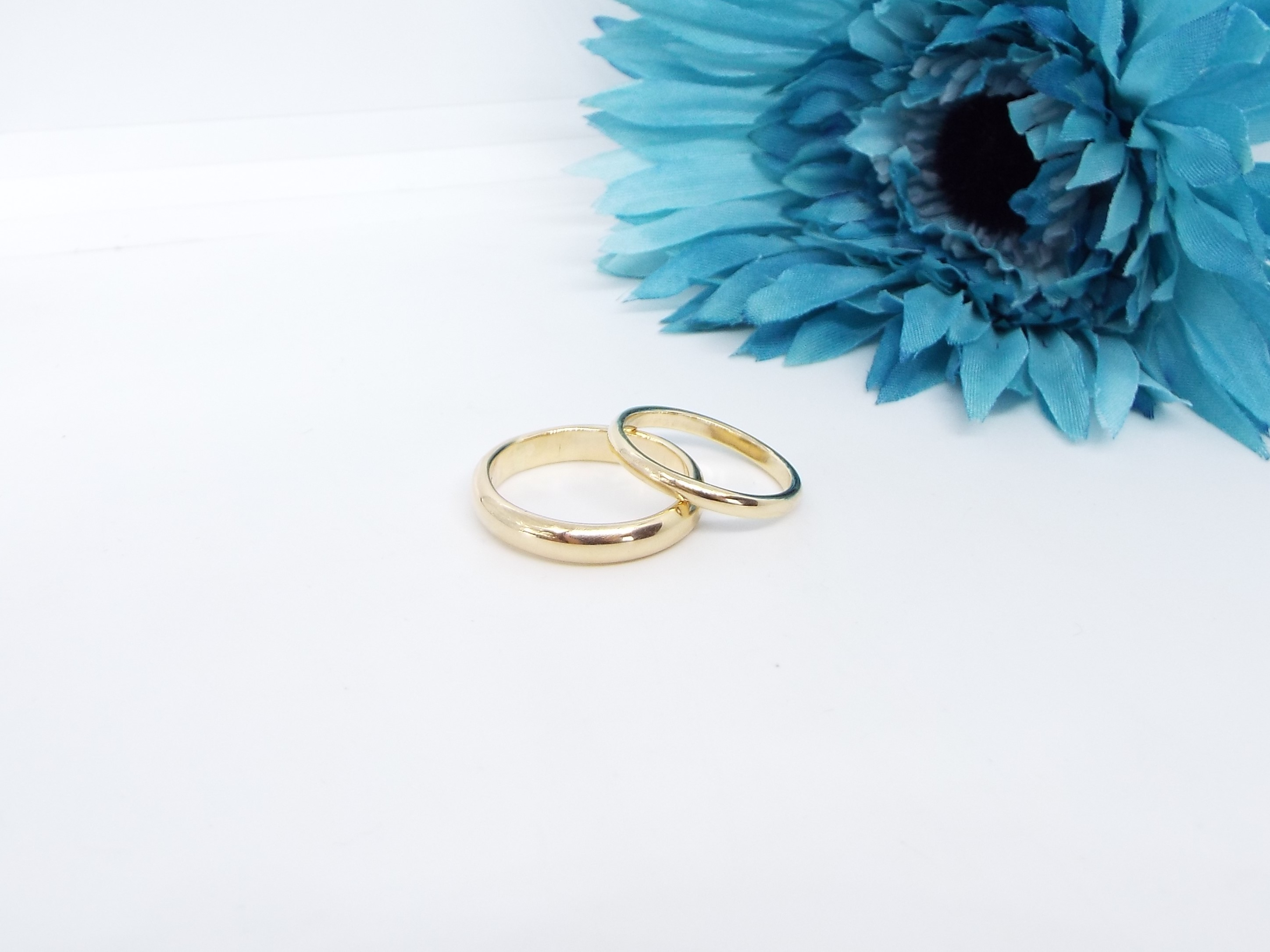 9ct Gold Wedding ring set - D shaped - Smooth Polished