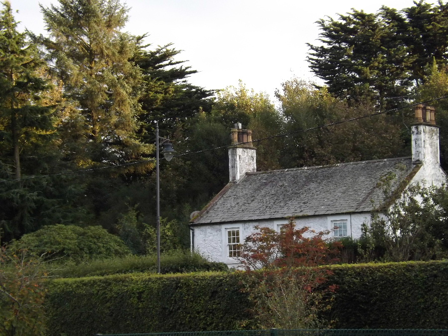 A pretty cottage in Kirkbean Dumfries and Galloway