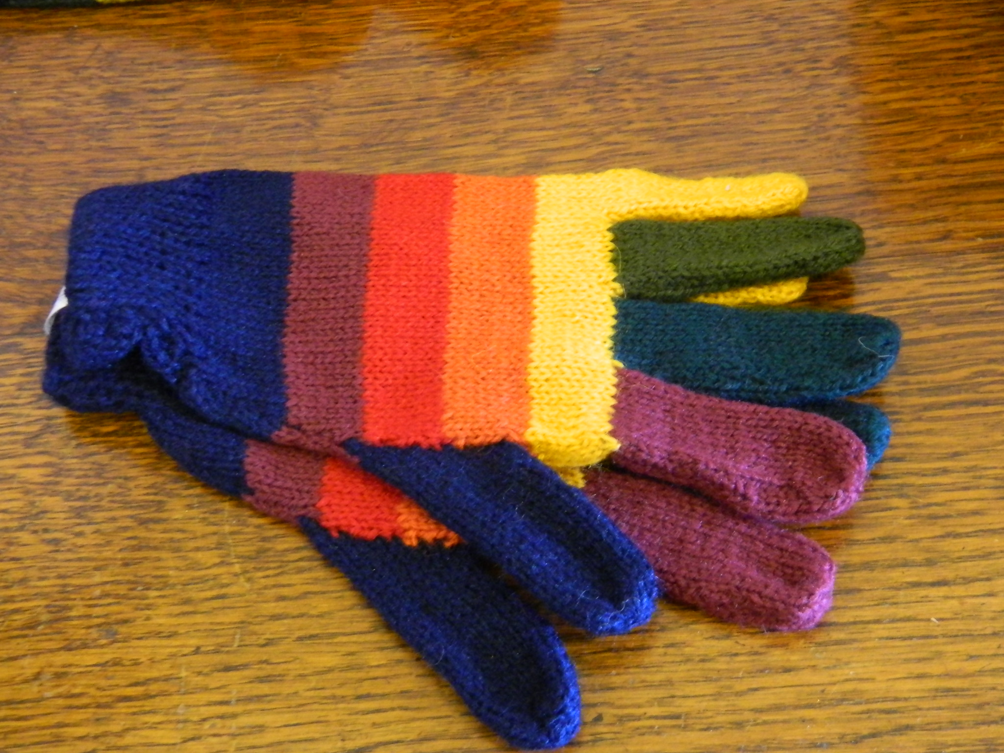 Gloves - Striped