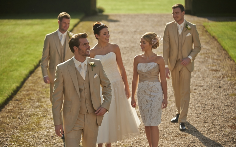 Peter Posh Lounge Suits | Cameron Ross Lounge Suits