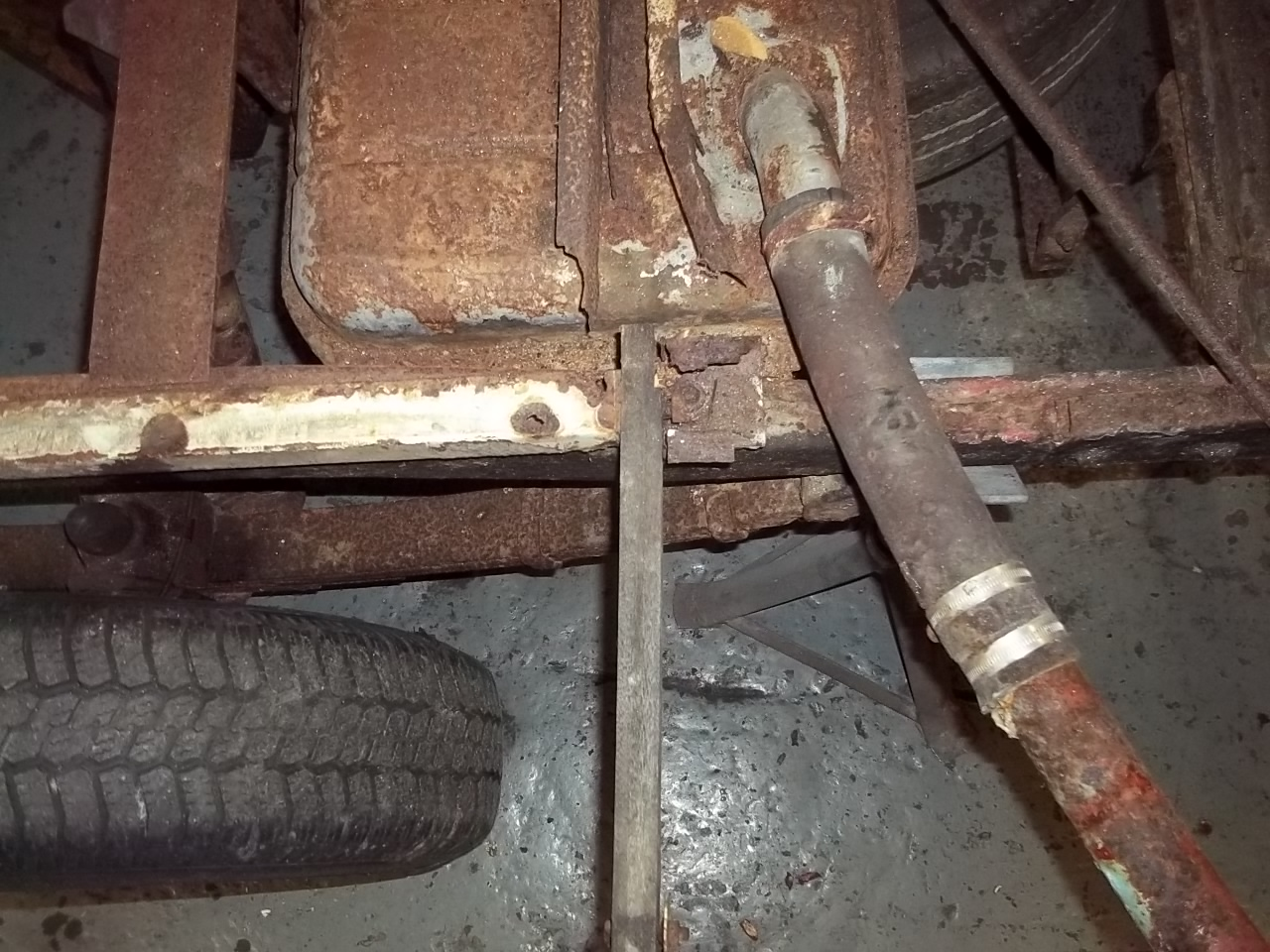 Bedford Fuel tank and pipes need some repairs