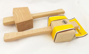 2 square-headed mallets in solid beech