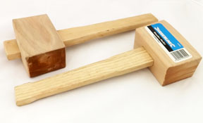 2 square-headed mallets