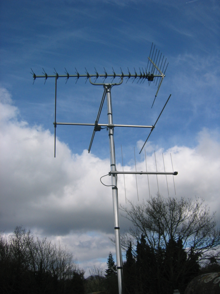Example of a TV, FM Radio and DAB aerial, Berkshire