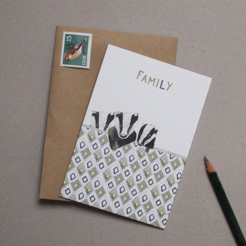 Family (Card) DP001