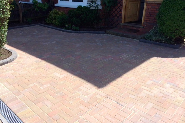 A stunning new driveway in Staines by West London Paving